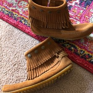 Shoes - Ankle-Length Moccasins